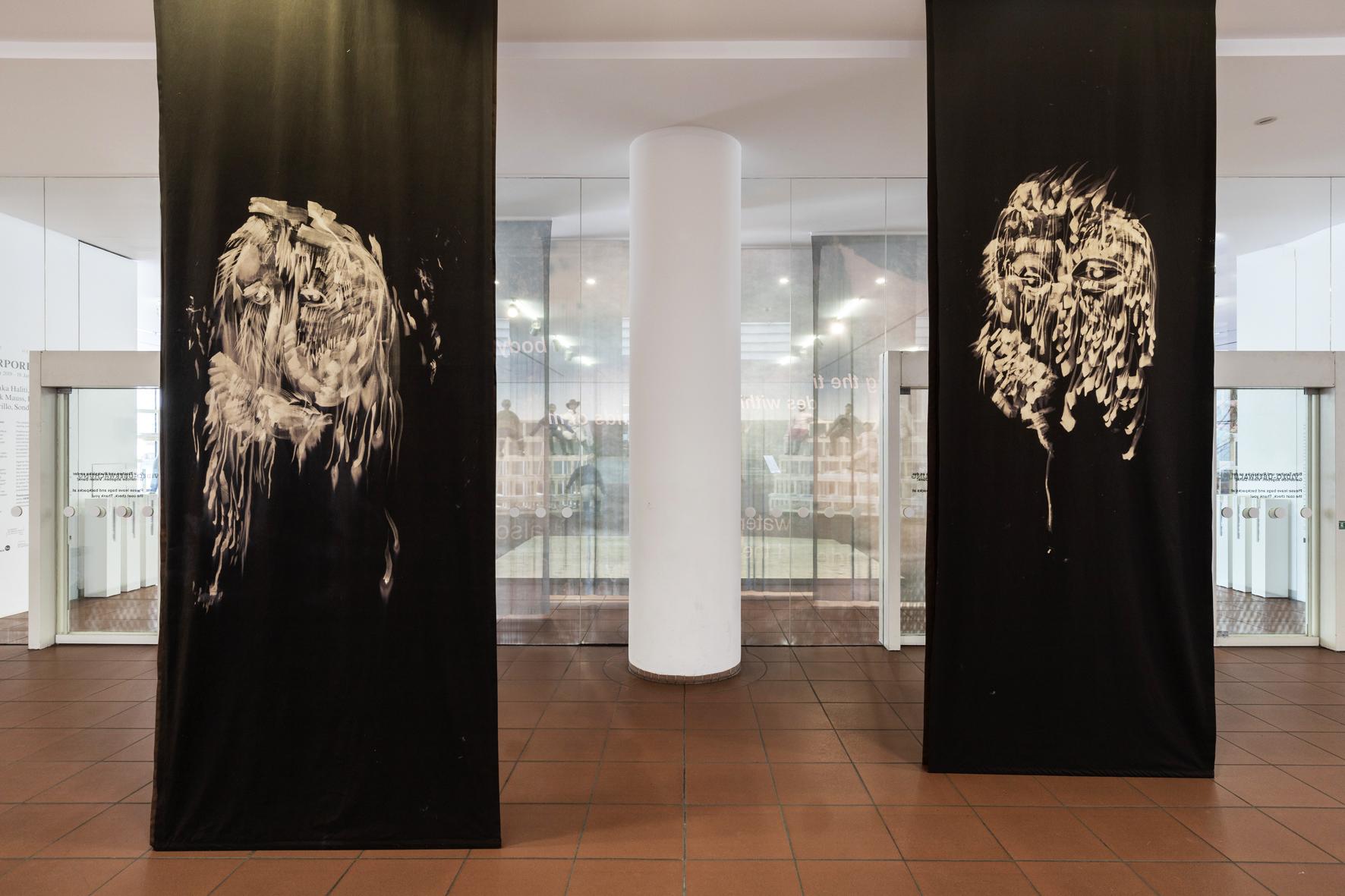 Köln, Museum Ludwig, ML, Ausstellung ''Hier und Jetzt - Transcorporealities'', 21. September 2019 - 19. Januar 2020, Maheke, Paul, ooloi (O/Oi), Installationsansicht